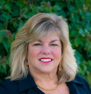 Headshot of CEO Dawn Trapp